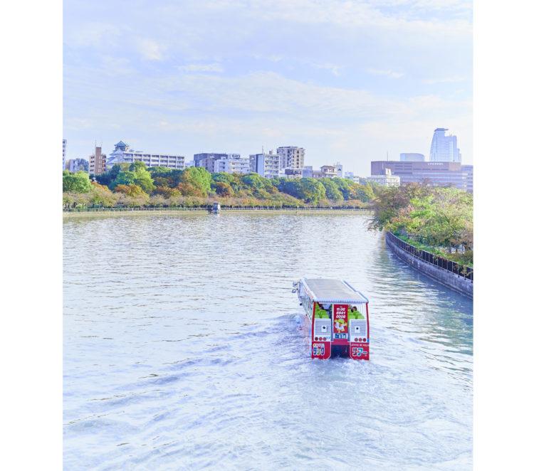 大川を進んでいる写真