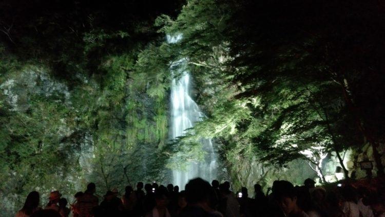 大阪のおすすめの滝 4選!自然を感じて気